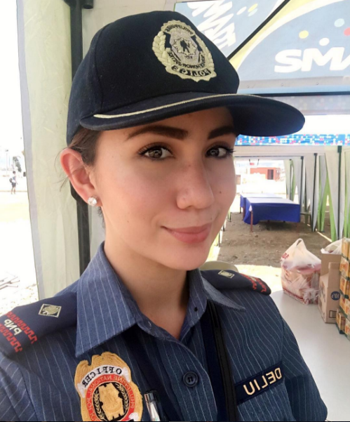 Philippine Viral News And Videos Home: 'Beauty Queen Cop' Part Of Duterte's Security Team